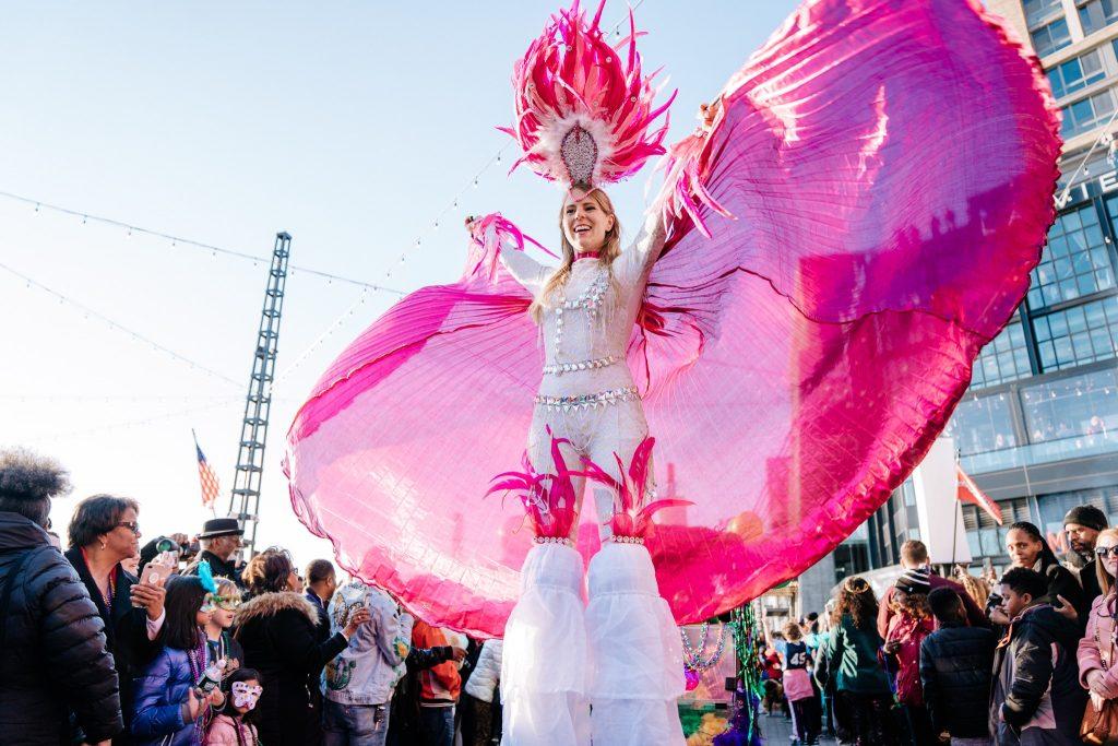 carnival-stilt-walker-washington-dc