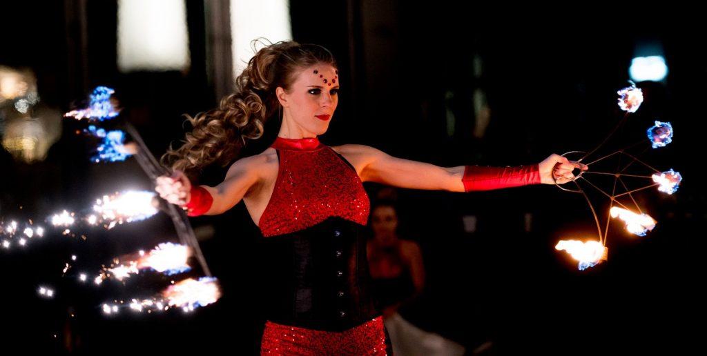 ARTSTELLA Fire Fan dancer