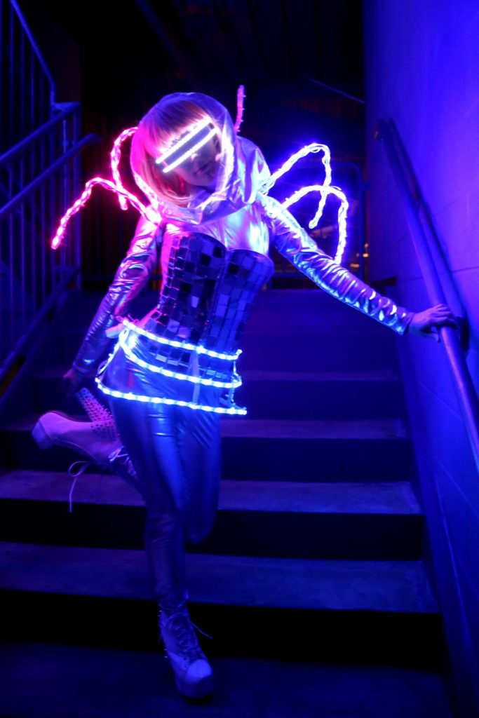 ARTSTELLA LED Dancer